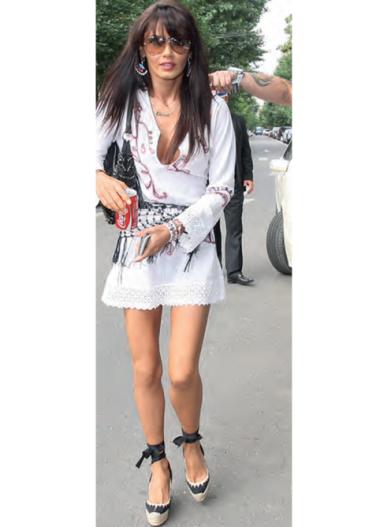 http://localhost/femeia/wp-content/uploads/2012/05/04/oana-zavoranu.png