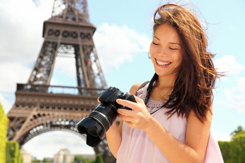 http://localhost/femeia/wp-content/uploads/2012/05/18/travel-ic1.png