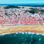 Vacanță în Nazare, Portugalia: nisip de reclamă și valuri record