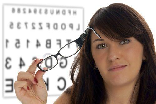 Poartă lentilele de contact fără probleme!