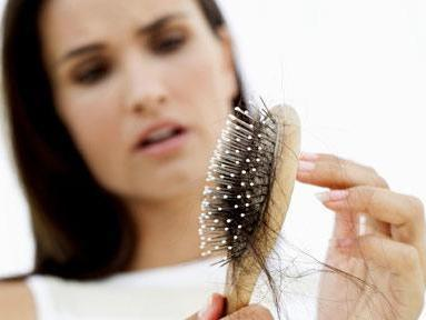 http://localhost/femeia/wp-content/uploads/2013/08/05/hair-brush-loss-410x290-0.jpg