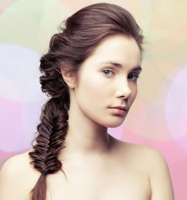 http://localhost/femeia/wp-content/uploads/2013/08/23/hairstyle-trends-2012-fishtail-braid.jpg