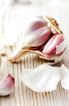 http://localhost/femeia/wp-content/uploads/2013/10/10/garlic-16x9.jpg