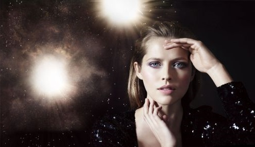 http://localhost/femeia/wp-content/uploads/2013/10/11/artistry-galaxy-collection-teresa-palmer.jpg