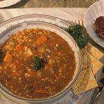 De ce este sănătoasă supa de linte și ce beneficii îți aduce