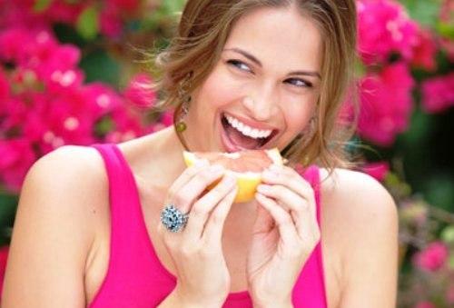 http://localhost/femeia/wp-content/uploads/2014/01/14/vitamine-ard-grasimi-1.jpg