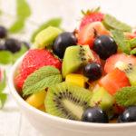Salată de fructe perfectă în 10 pași