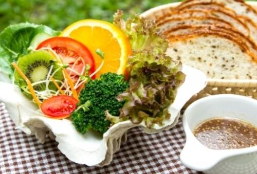 http://localhost/femeia/wp-content/uploads/2015/04/22/dieta-doua-mese-zi-2.jpg