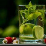 Mituri despre apă. Apa si canicula