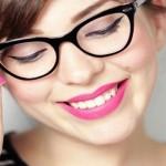 Ochelari sau lentile de contact? Ce trebuie să știi despre fiecare dintre ele