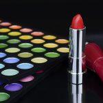 Alergia la cosmetice și bijuterii