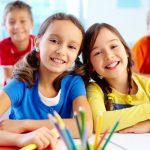 4 lucruri esențiale de care copilul tău are nevoie înainte de a începe școala
