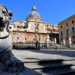 Palermo, trei picioare şi patru colţuri