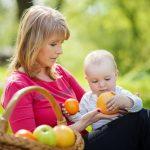 Cum împletești viața profesională cu cea de proaspătă mamă