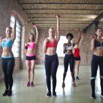 Exerciții ușoare, dar eficiente, pentru brațe tonifiate