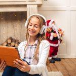 4 idei de cadouri de Crăciun potrivite pentru adolescenți