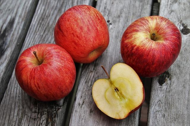 Dieta numai cu mere