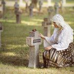 Camelia Moise: Pe eroi să nu-i căutați în mormânt, ci în inimile voastre