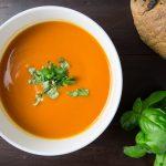 3 rețete de supe-cremă de legume delicioase pentru toată familia