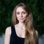 Alina Petrică: Prin teatru mă simt liberă