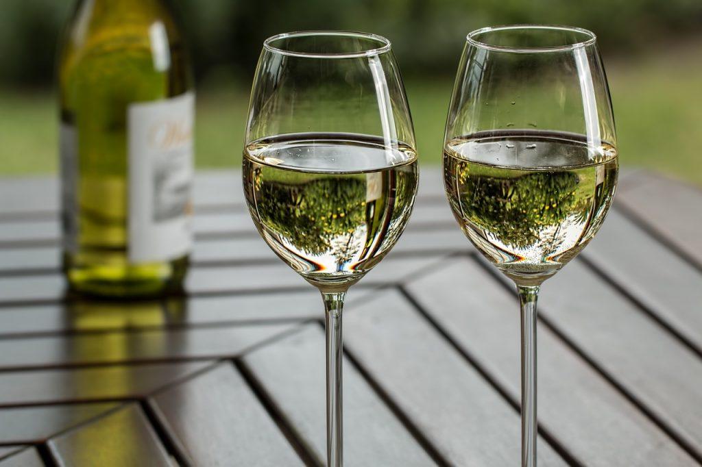 beneficii vin alb