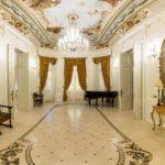 Organizează ședința foto de nuntă la Palatul Noblesse pentru imagini extraordinare