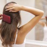 Căderea părului în exces: cauze, soluții și tratamente
