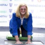 Elisabeta Lipă și-a amprentat mâinile de multiplu campion olimpic pe Aleea Mâinile de Aur
