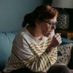 Tusea seacă: factori declanșatori și tratament